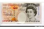 66260 - 10 Pounds Elizabeth II & Charles Dickens   *    *   *    *    *